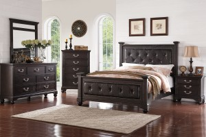 Queen Post Bed $499 F 9319